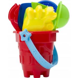 Plastový kbelík na pláž